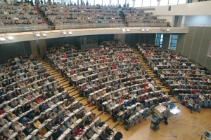 Vorlesung im großen Hörsaal der TU München