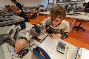 Beim Testen einer elektronischen Schaltung