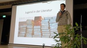 Schwerpunkt Jugend & Literatur