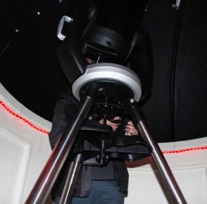 Das Teleskop im neuen Observatorium