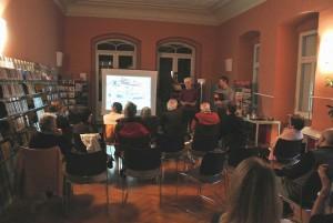 Der Fotograf Pino Ninfa beim gemeinsam mit RG/TFO organisierten Vortrag