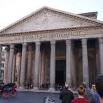 Pantheon (zur Kirche umgewidmetes antikes Monument)